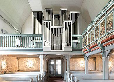 Innenbereich mit Orgel der St. Jürgen Kirche