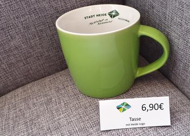 Grüne Kaffeetasse mit dem Heide Logo 6,90€