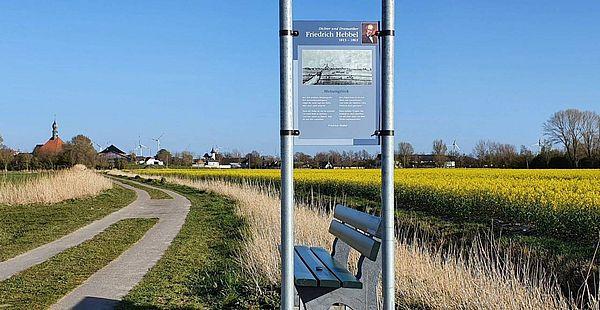 Baumelbank am Hebbel-Rundwanderweg